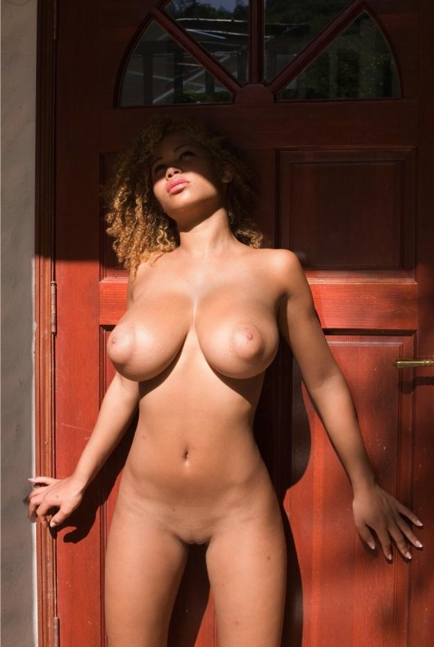 фото голых баб с большими сисями