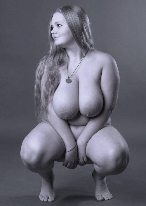 Красивые полные девушки фото голые