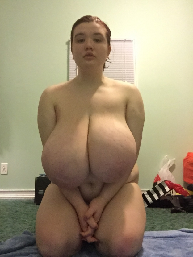 Busty black bbw mz diva nurses a huge cock 4