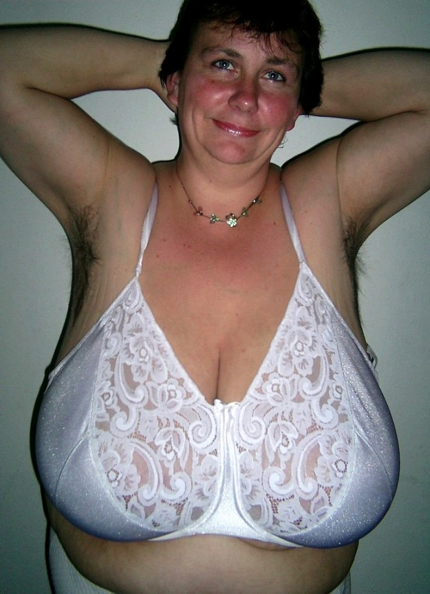 Pictures of big tits in bras