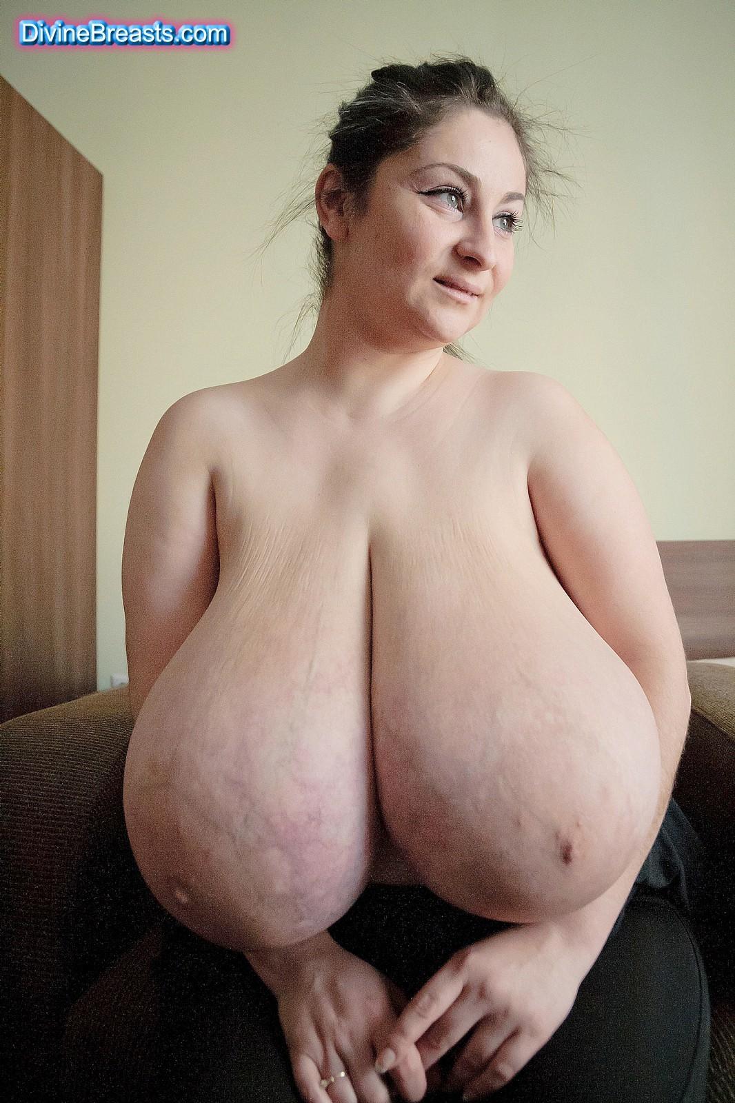 Порно с большими сиськами. Большие красивые сиськи