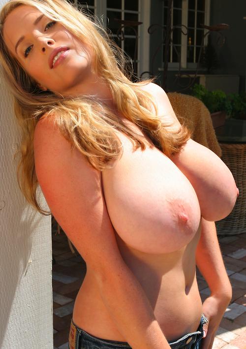 Большая попа и большая грудь фото