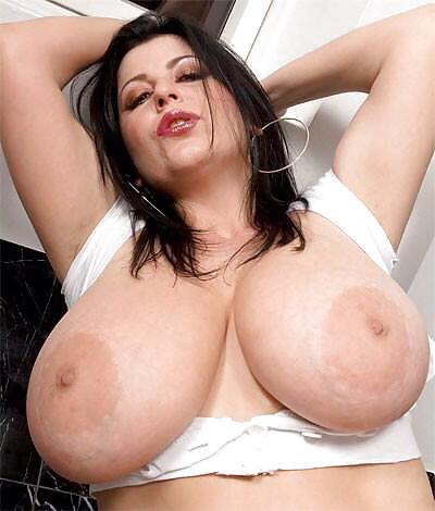фото голоых больших сисек