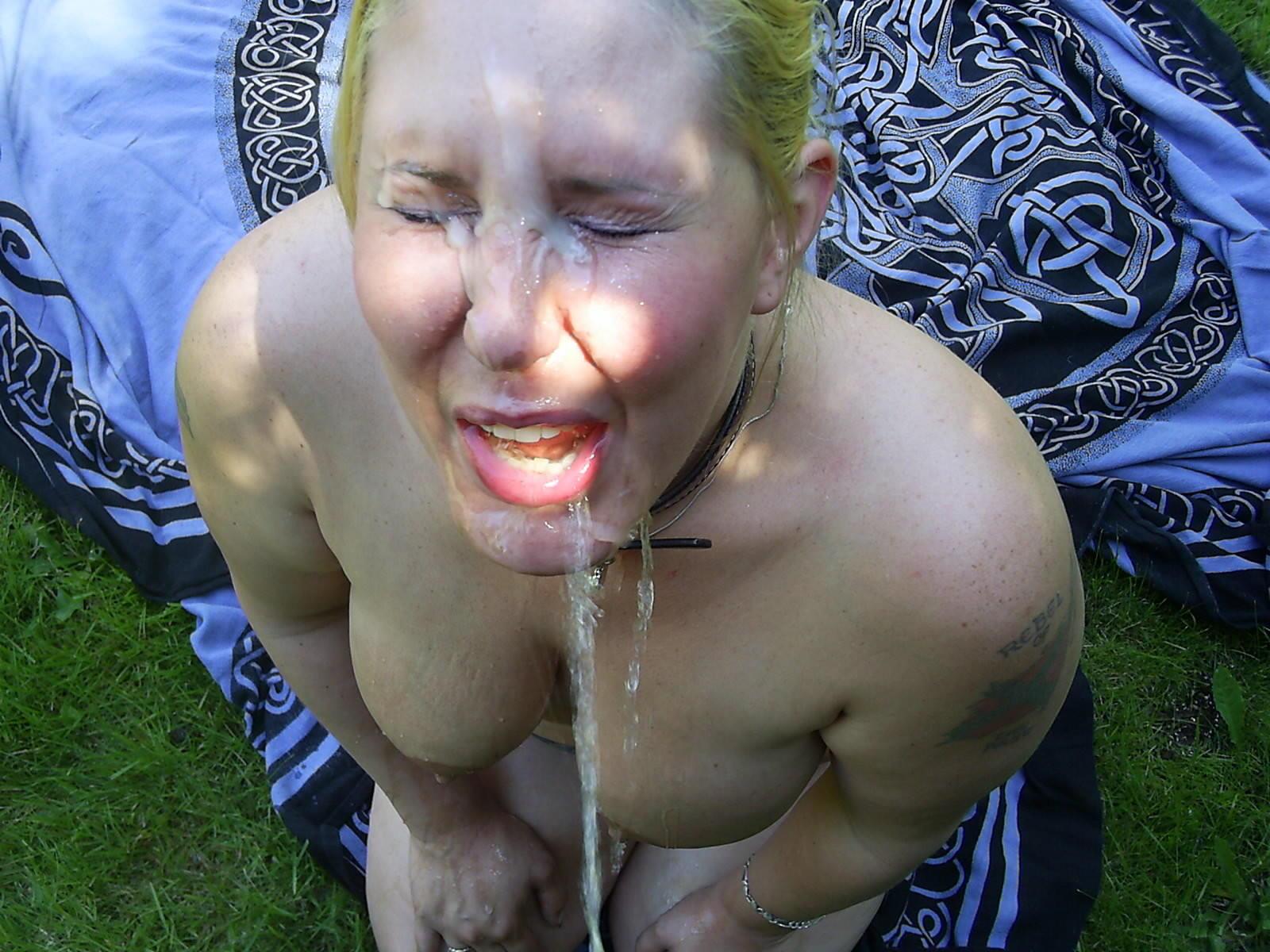 Русским женщинам ссут в рот 16 фотография