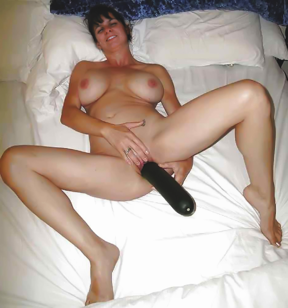 Hot milf dildo videos